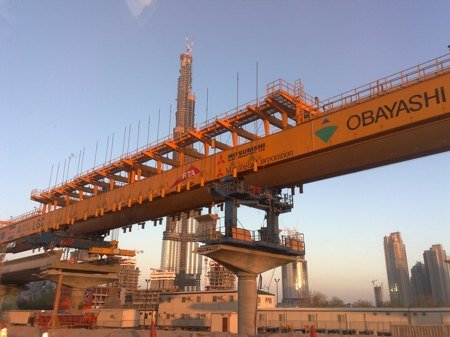 Dubai metro elevated track